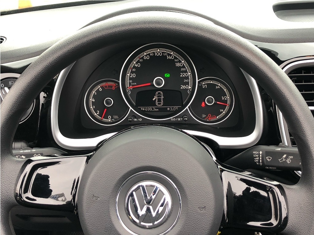 Certified Pre-Owned 2017 Volkswagen The Beetle Convertible Trendline 1.8T 6sp at w/Tip