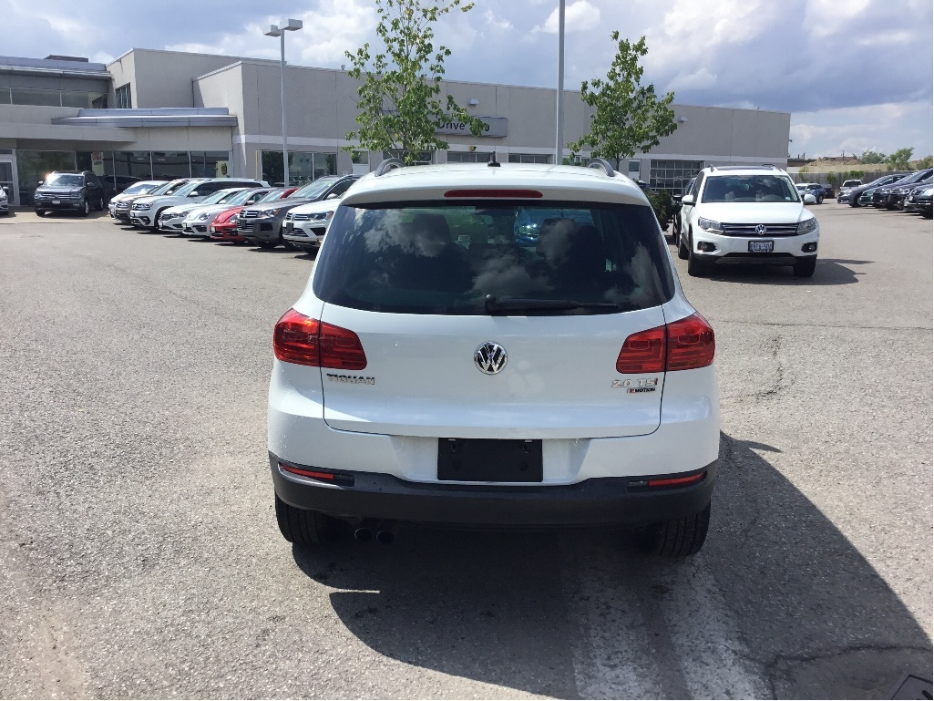 Certified Pre-Owned 2016 Volkswagen Tiguan Special Edition 2.0T 6sp at w/Tip 4M