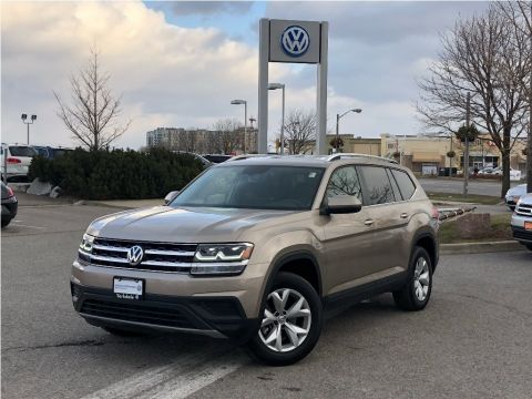 New 2018 Volkswagen Atlas Trendline 3.6L 8sp at w/Tip 4MOTION