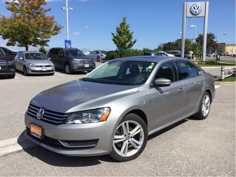 Certified Pre-Owned 2014 Volkswagen Passat Comfortline 2.5 6sp at w/ Tip