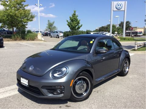 Certified Pre-Owned 2017 Volkswagen The Beetle Classic 1.8T 6sp at w/Tip