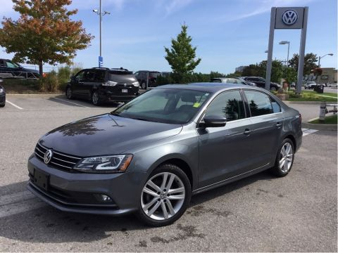 Certified Pre-Owned 2015 Volkswagen Jetta Highline 1.8T 6sp at w/Tip